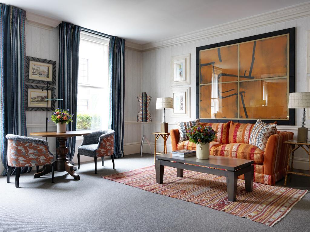 ... London Covent Garden Suite, ...