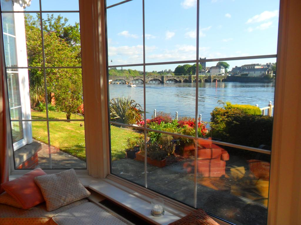 Killaloe Station House Waterfront B&B